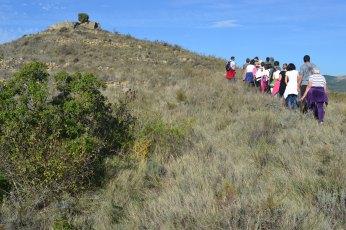 Grupo subiendo al Santuario Celtíbero