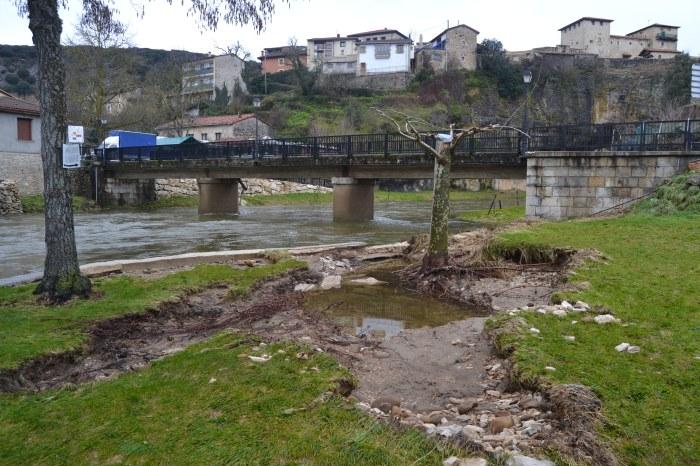 Daños de la crecida del Río Nela