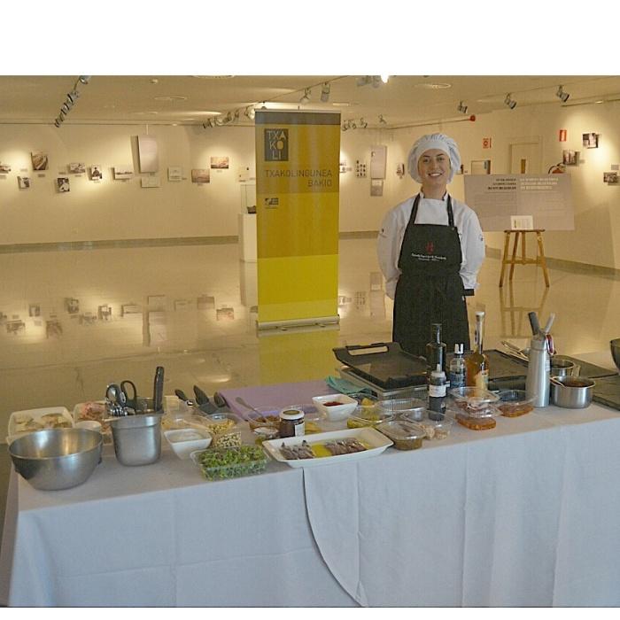 Maite y la cocina improvisada