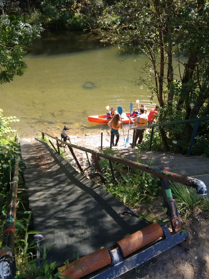Inicio del descenso en canoa
