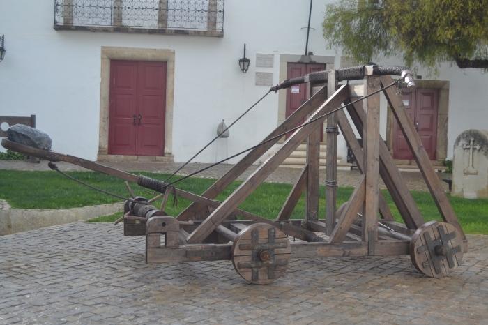 Antigua catapulta del Castillo