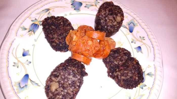 Morcilla frita y Chorizo cocido
