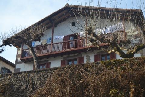 Casa junto al río Baztan
