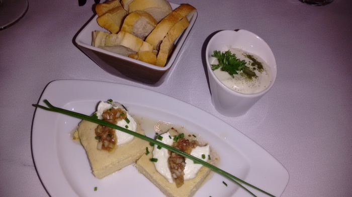 Mousse de queso y Pastel de centollo