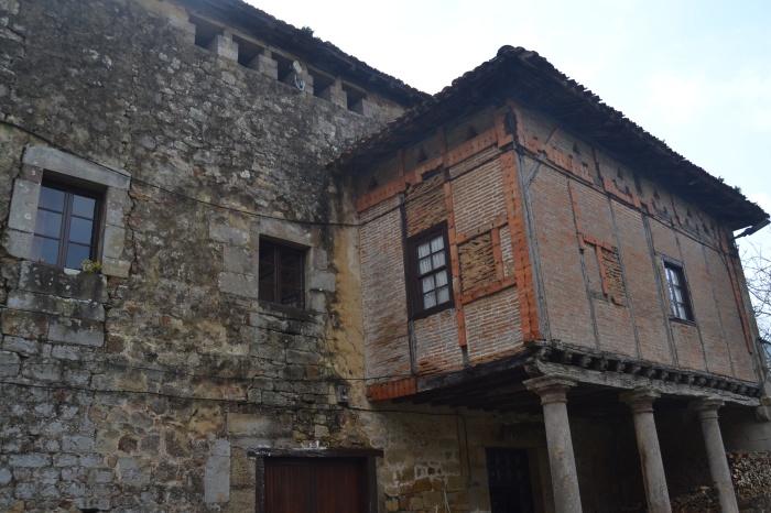 Torre y Palacio de Marzana
