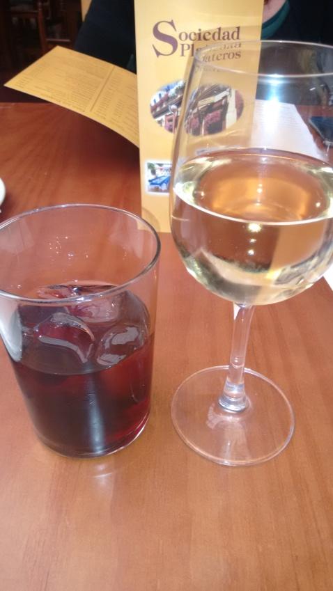 Vino blanco en rama Montilla Moriles y Vermouth de bodega
