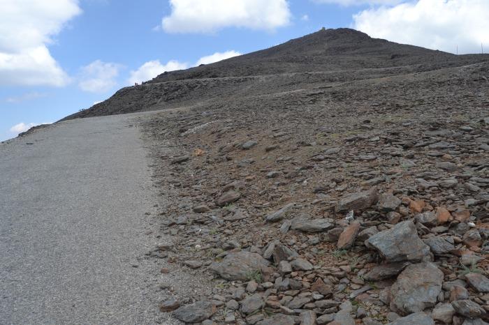 Camino y Pico Veleta