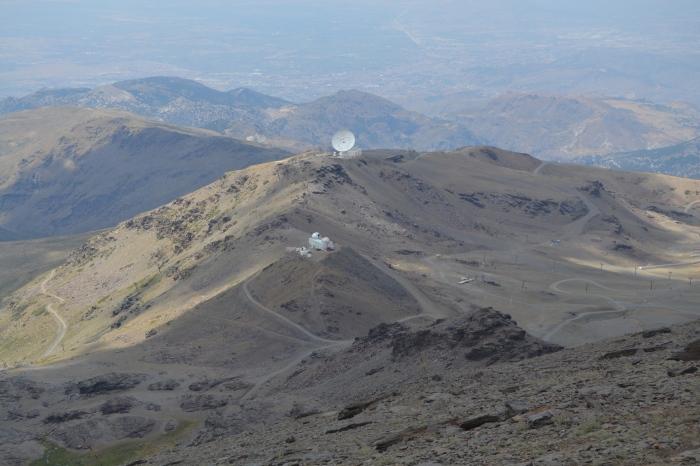 Vista del Observatorio astronómico de Sierra Nevada