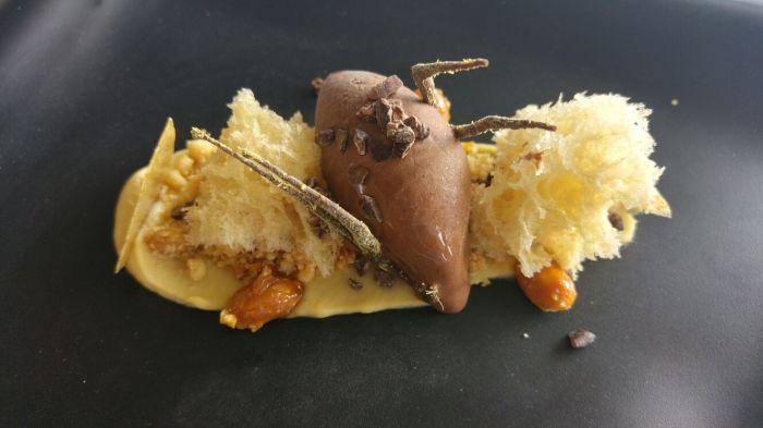 Chocolate, cacahuete y regaliz