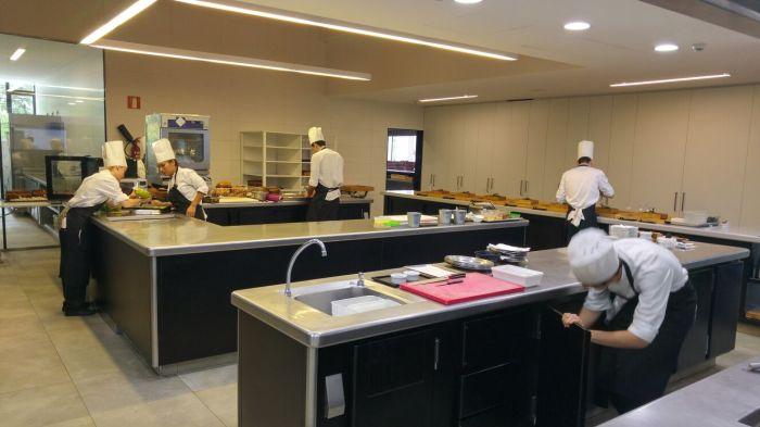 Cocina del Restaurante Azurmendi