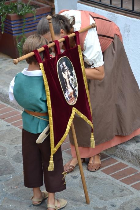 Vecinos vestidos de cristianos