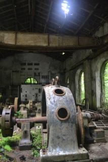 Interior de la Central eléctrica del Esva