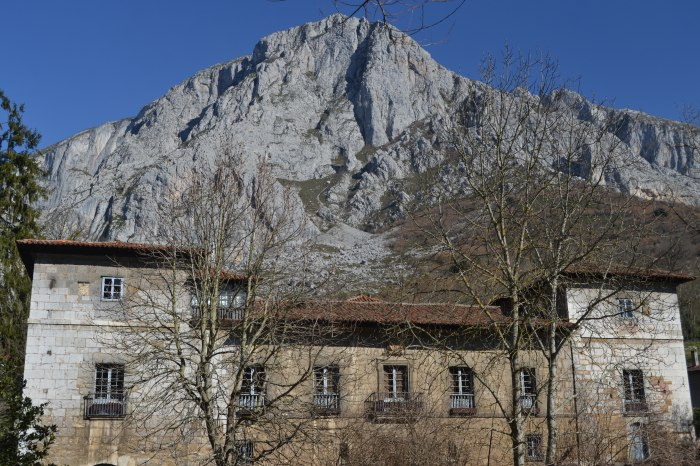 Palacio de los Condes de Agüera y Peña Sobia