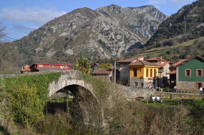 Puente medieval de Villanueva