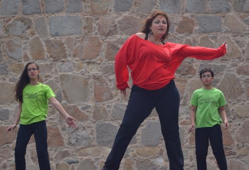 Baile moderno con Debora´s Dancers