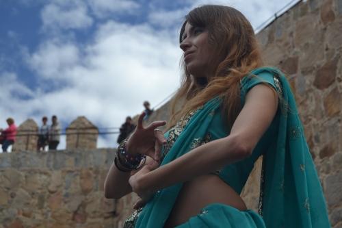 Isabel Navarro y sus danzas orientales