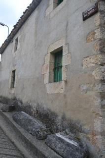 Camino de Rojo en Puentedey